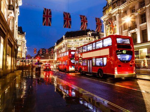 Kerstshoppen in Londen sfeer met lichtjes